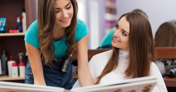 Rent A Chair Or Employees For Your Salon? Which Is Best?